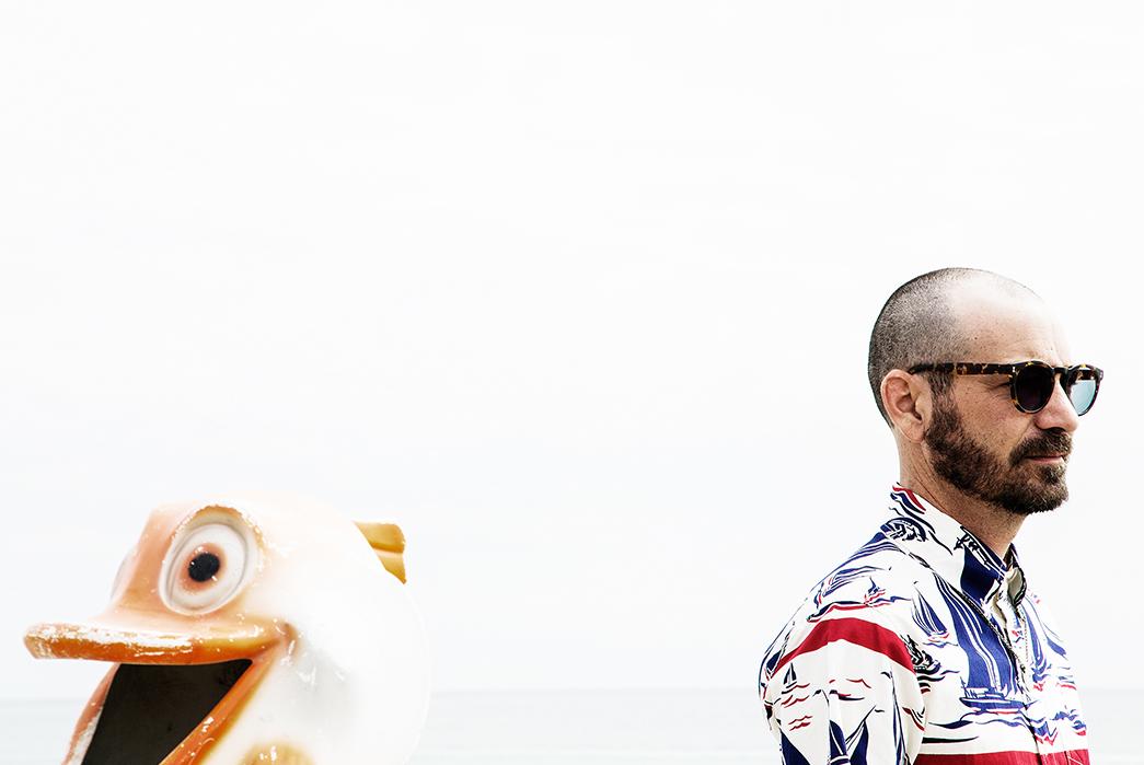 Self-Edge-'La-Playita'-Summer-2017-Lookbook-male-and-duck-statue