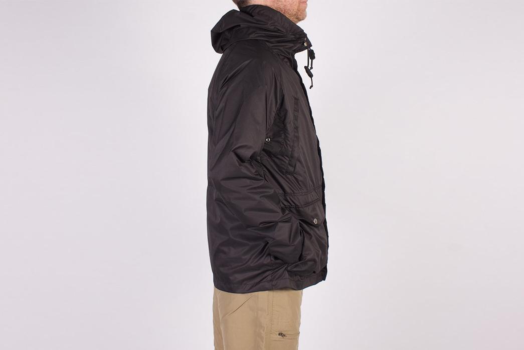 Battenwear-Light-Shell-Parka-model-side