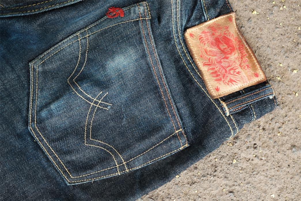 Fade-of-the-Day---Carnivores-Soul-Tigris-(6-Months,-0-Washes)-back-right-pocket-and-label