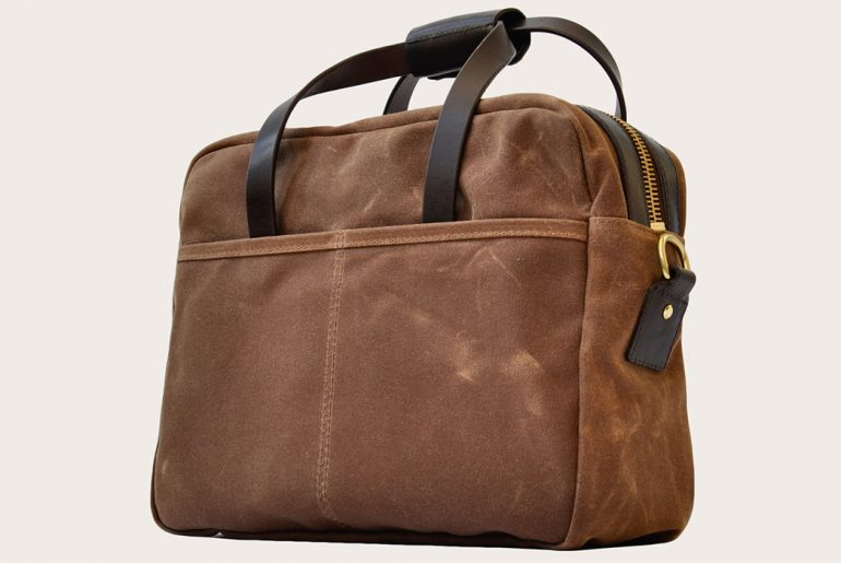 Oak-Street-Bootmakers-Enters-the-Bag-Game-with-Their-Utility-Briefcase-and-Tote-front-side