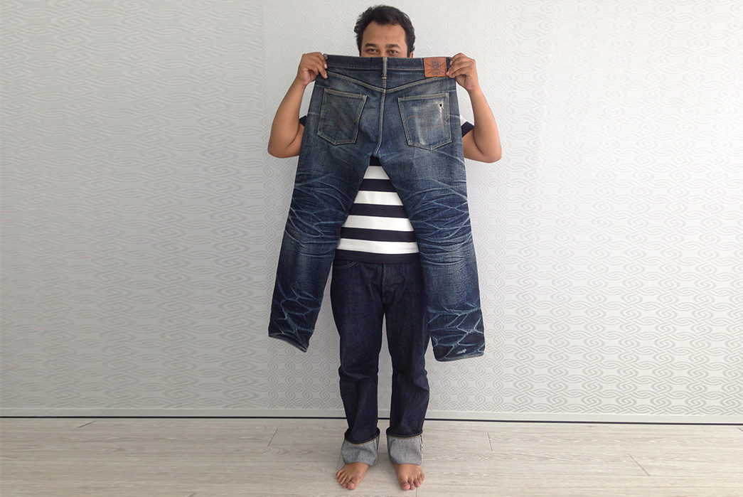 Fade-Friday---Oni-X-Samurai-Jeans-277X-(11-Months,-5-Soaks)-in-hands-back