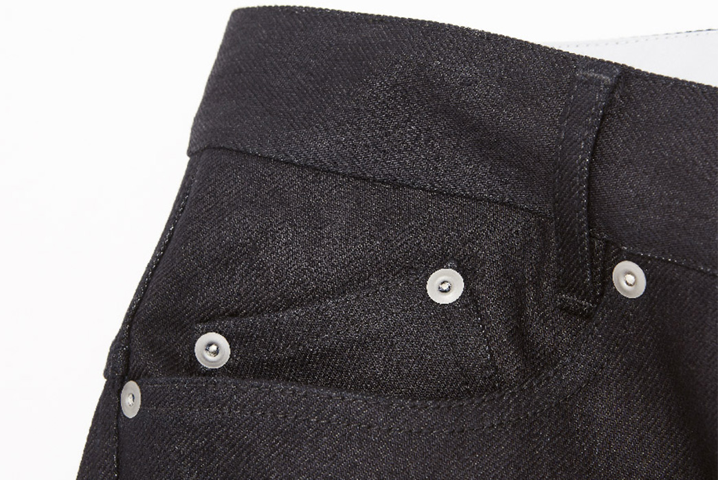 Outlier's-Experimental-Double-Warp-Dyneema-Denim-Might-Outlast-You-front-top-right-pocket