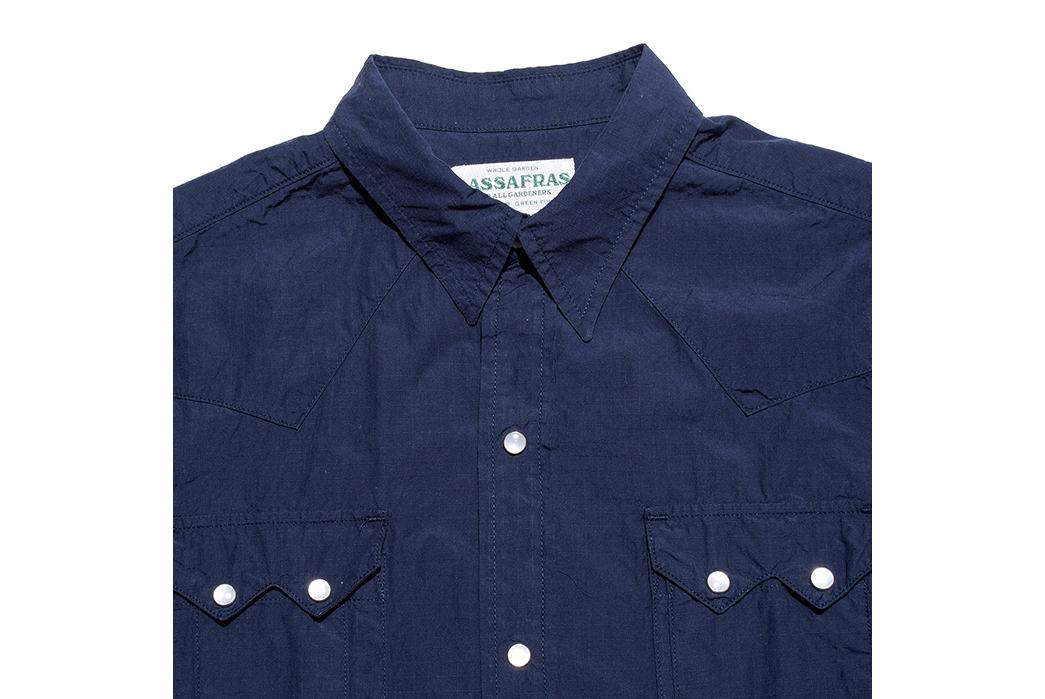 Sassfras-Weeds-Digger-Shirt-collar
