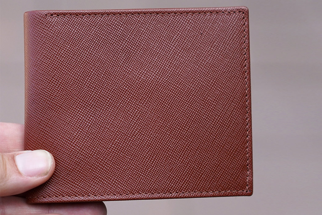 Epaulet's-Latest-Wallets-Use-the-Same-Leather-as-High-End-Designers-brown-front