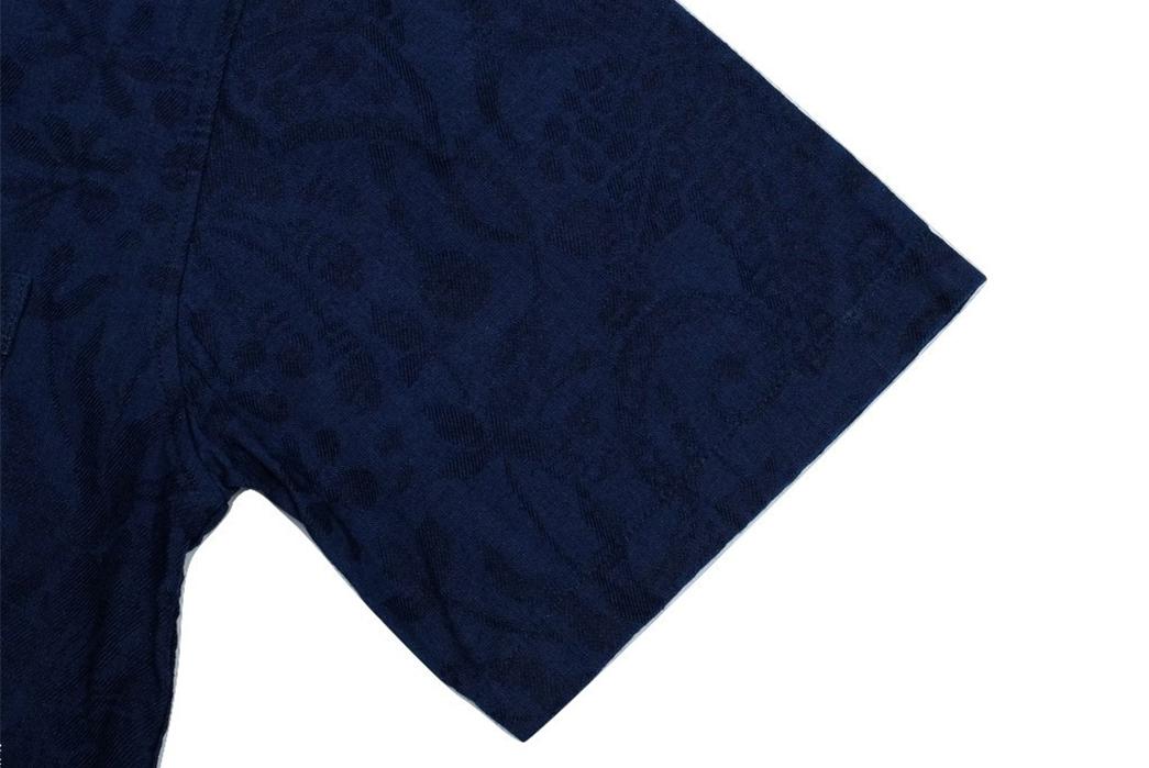 Okayama-Denim-x-Momotaro-Indigo-Jacquard-Paisley-Aloha-Shirt-collar