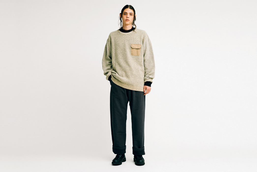 The-North-Face-Purple-Label-Fall-Winter-2017-Lookbook-male-in-beige-shirt-and-dark-pants