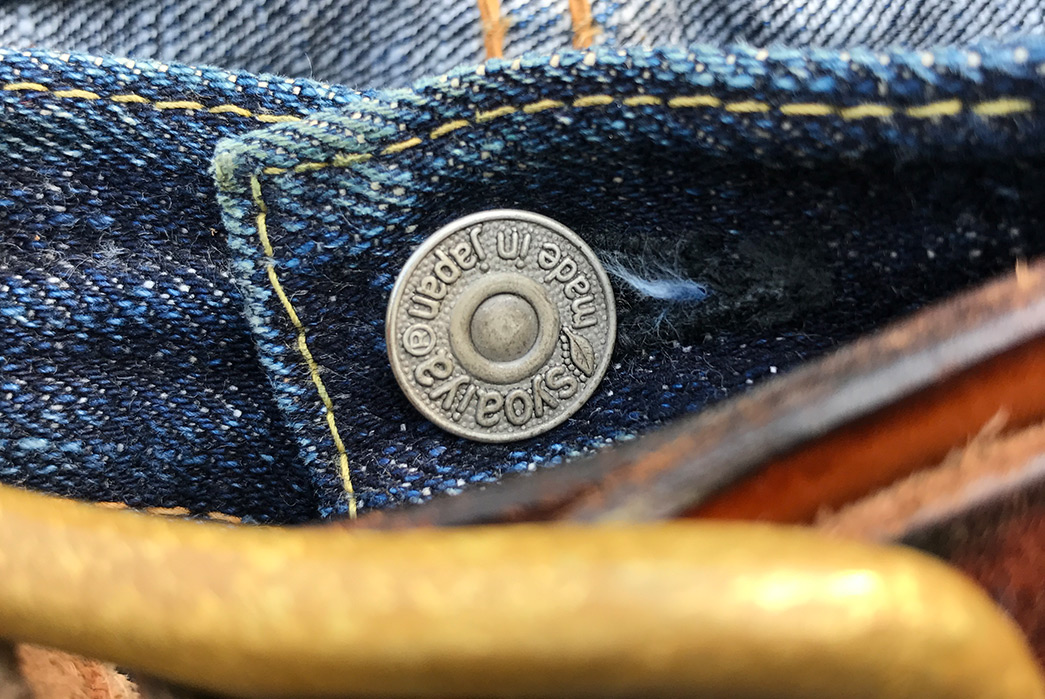 Fade-of-the-Day---Pure-Blue-Japan-XX-18oz.-013--(15-months,-2-Washes)-front-top-button