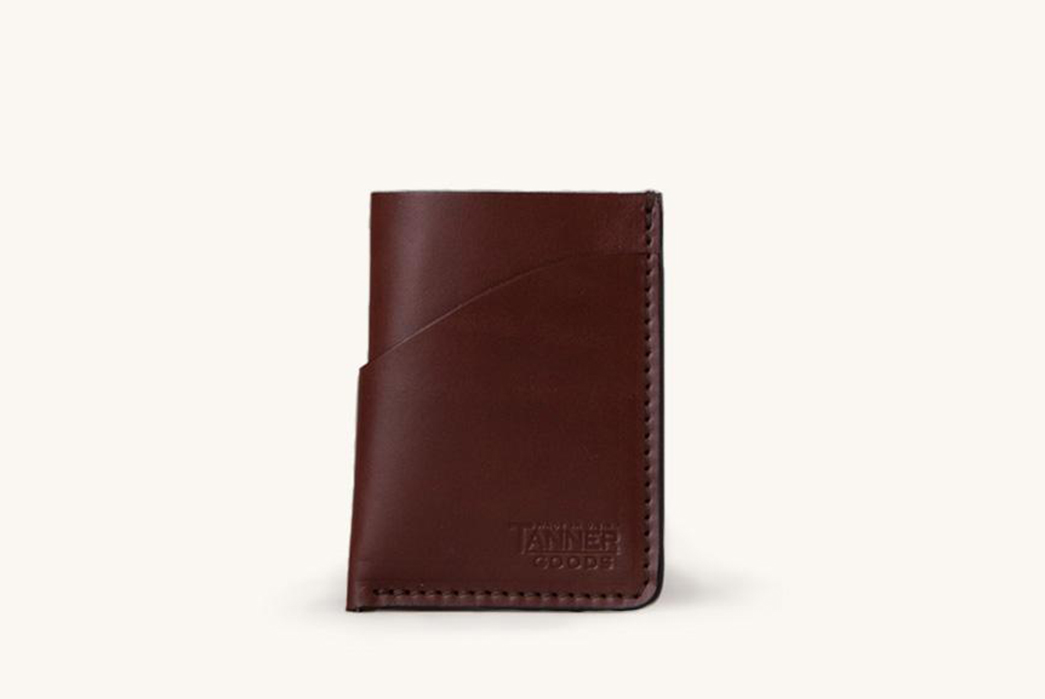 Tanner-Goods-Pares-Down-for-Their-Minimal-Card-Wallet-front-brown