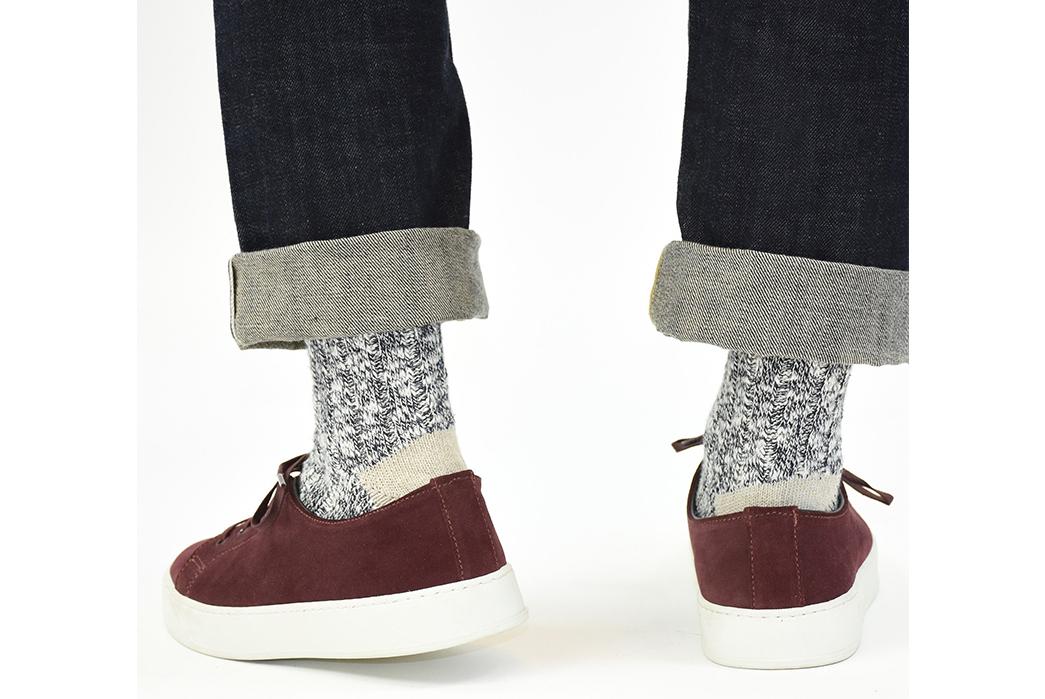 American-Trench-Slub-Socks-model-grey-and-blue-pants