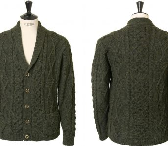 Howlin'-Gets-All-Jazzy-Grandpa-With-Their-Latest-Cardigan-front-back