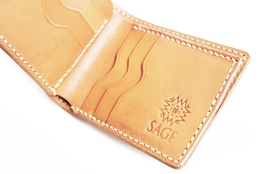 Sage-Mustang-Natural-Veg-Tan-Bifold-Wallet-open-inside-2