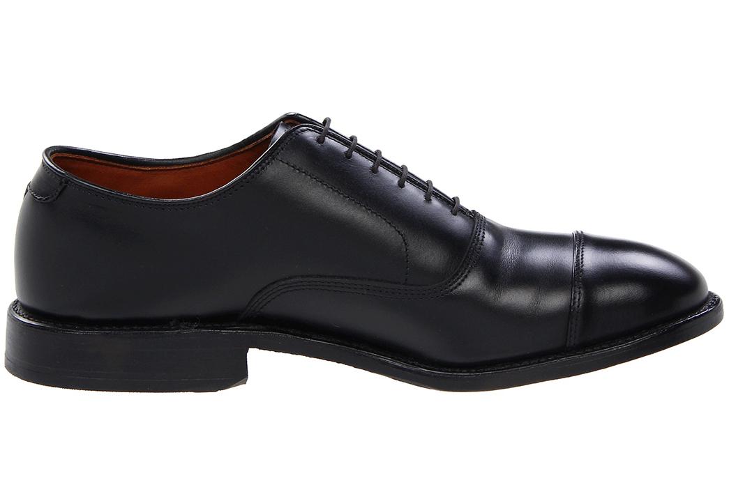 Shoe-Anatomy-101---Vamp,-Welt,-Quarter-and-More-Allen-Edmonds-Park-Avenue.-Image-via-Zappos