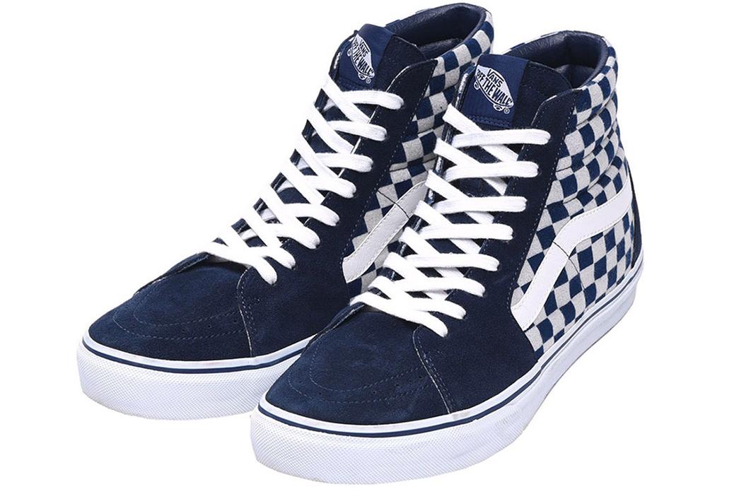 Vans-Japan-Dips-into-Indigo-Dyed-Sneakers-blue-white-deep
