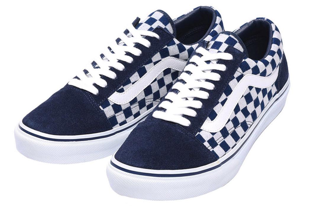 Vans-Japan-Dips-into-Indigo-Dyed-Sneakers-blue-white