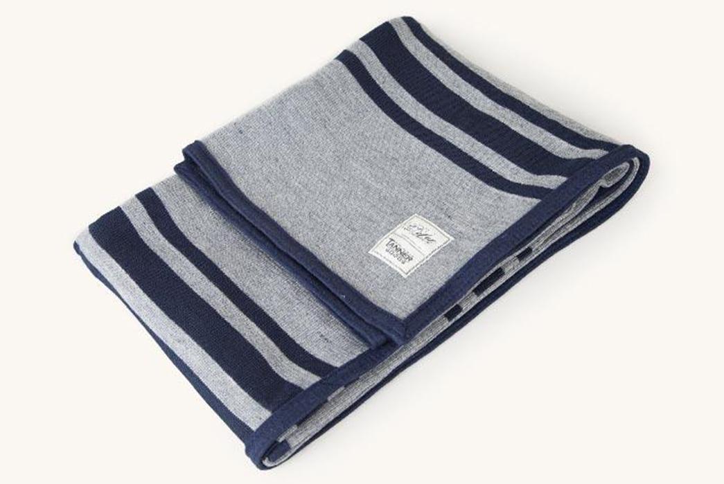 100%-Wool-Blankets---Five-Plus-One-1)-Dehen-x-Tanner-Goods-Stadium-Knit-Throw-Blanket