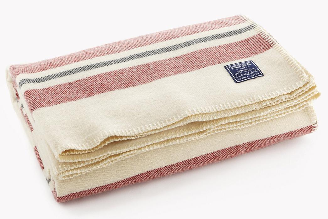 100%-Wool-Blankets---Five-Plus-One-4)-Faribault-Mill-Cabin-Wool-Blanket