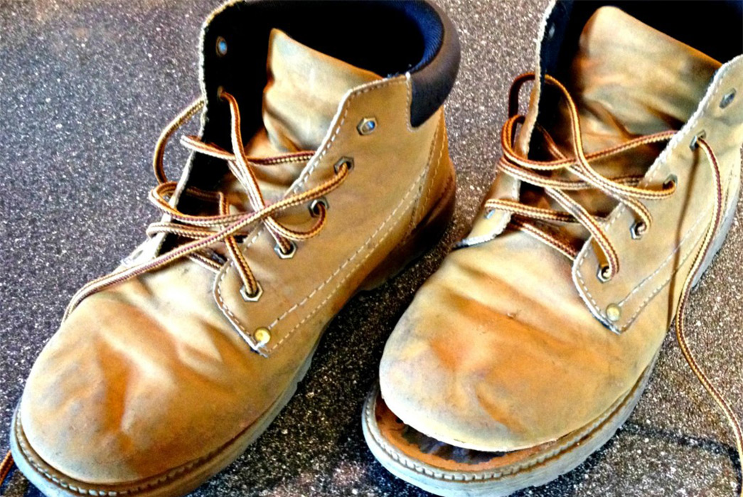 5-Signs-You-Should-Resole-Your-Shoes-Soles-Splitting.-Image-via-Frugal-Upstate.