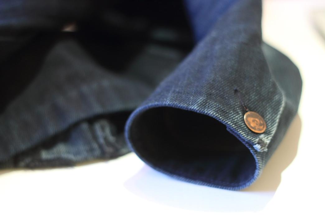 fade-of-the-day-dillon-montara-indigo-wool-camper-3-years-sleeve