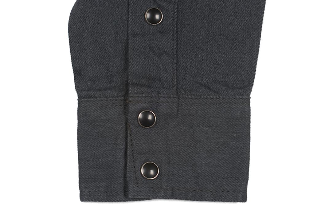 Iron-Heart-8.5oz.-Greycast-Sawtooth-Denim-Shirt-collar-buttons