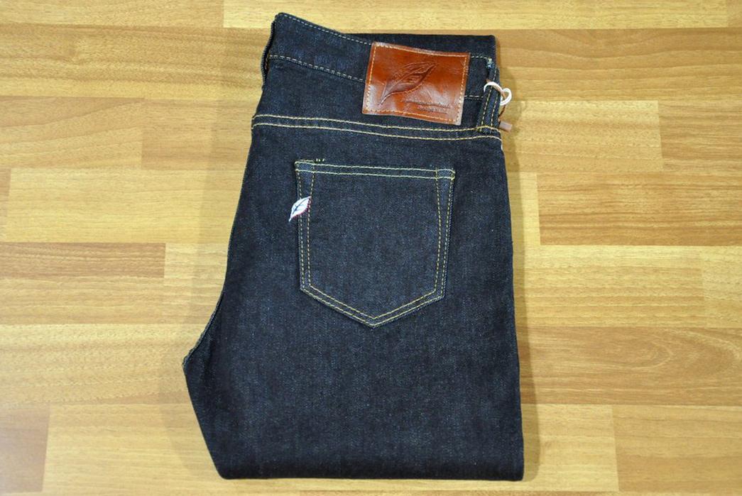 Pure-Blue-Japan-Stretch-Lady-Jeans-Version-2.0-folded