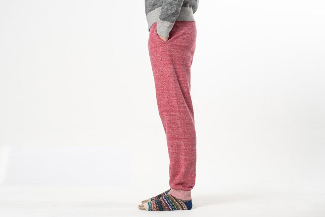 iron-heart-heavy-loopwheel-sweatpants-model-side-rose
