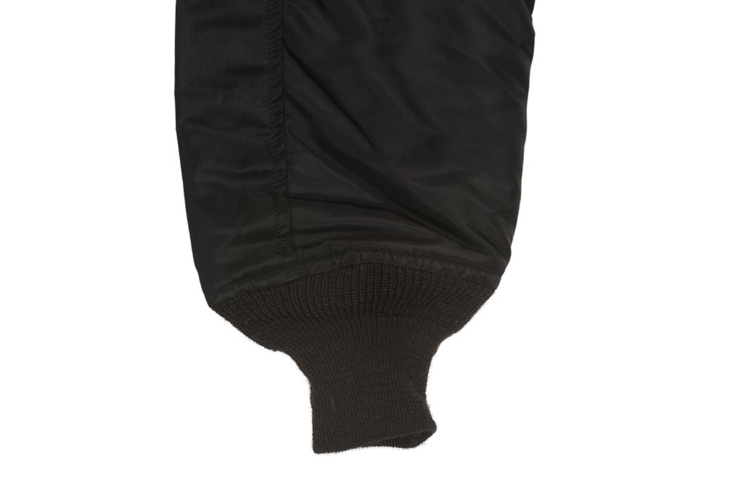 william-gibson-x-buzz-rickson-l-2b-flight-jacket-sleeve