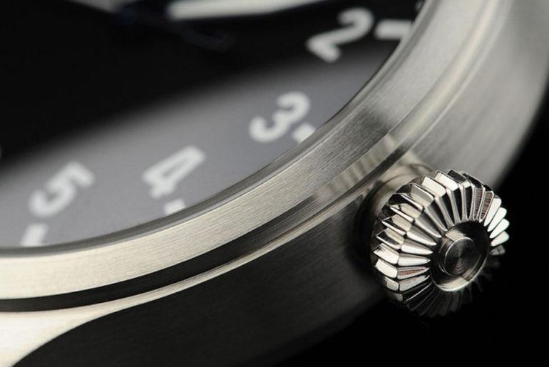 automatic-pilot-watches-under-500-five-plus-one-4-steinhart-nav-b-uhr-47mm-detailed</a>