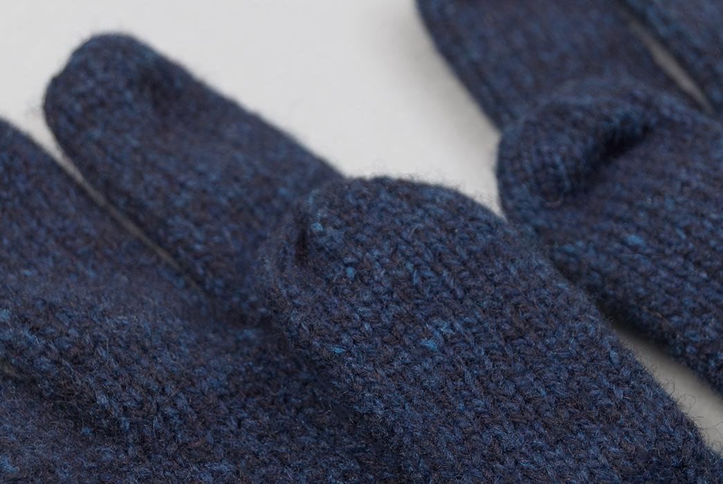 fox-river-indigo-overdyed-ragg-wool-gloves-detailed