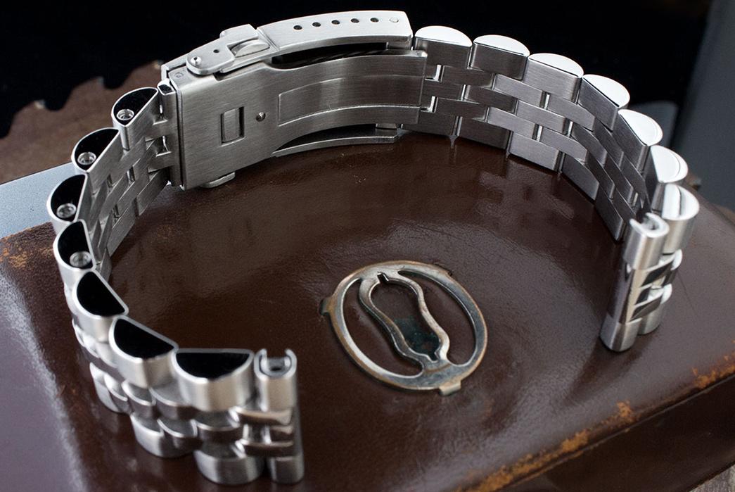 metal-watch-bracelets-five-plus-one-3-strap-code-angus-jubilee