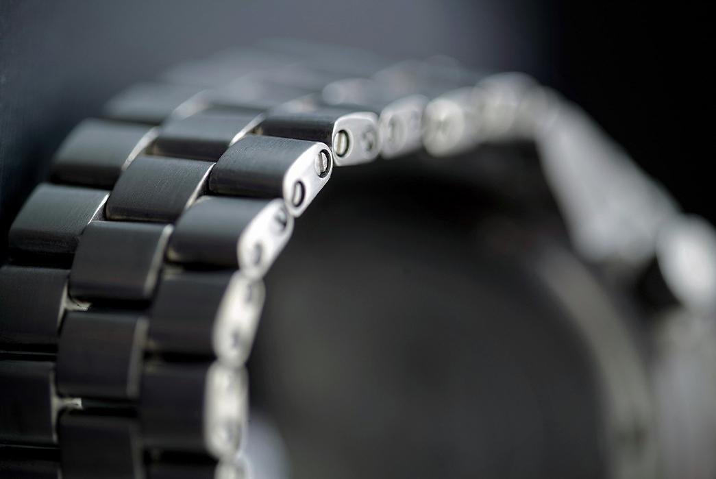 metal-watch-bracelets-five-plus-one-4-hamtun-titanium-bracelet