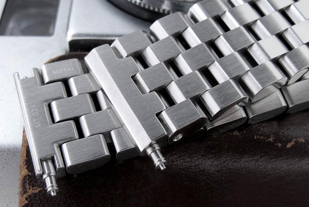 metal-watch-bracelets-five-plus-one-5-strap-code-super-engineer-ii-detailed