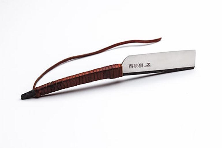 straight-razors-five-plus-one-4-shavesmith-japanese-style-straight-razor-2