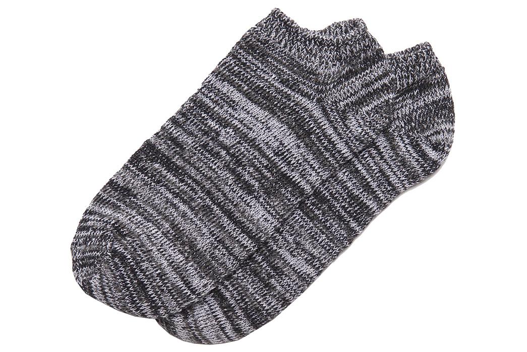 american-trench-random-plait-ankle-socks-dark-grey