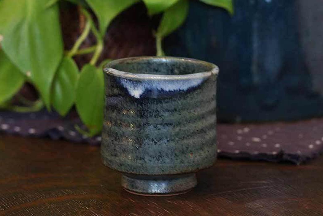 kiriko-mashiko-yaki-indigo-tea-cup-with-plant