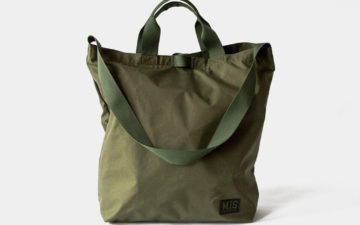 mis-waterproof-carrying-bag-front