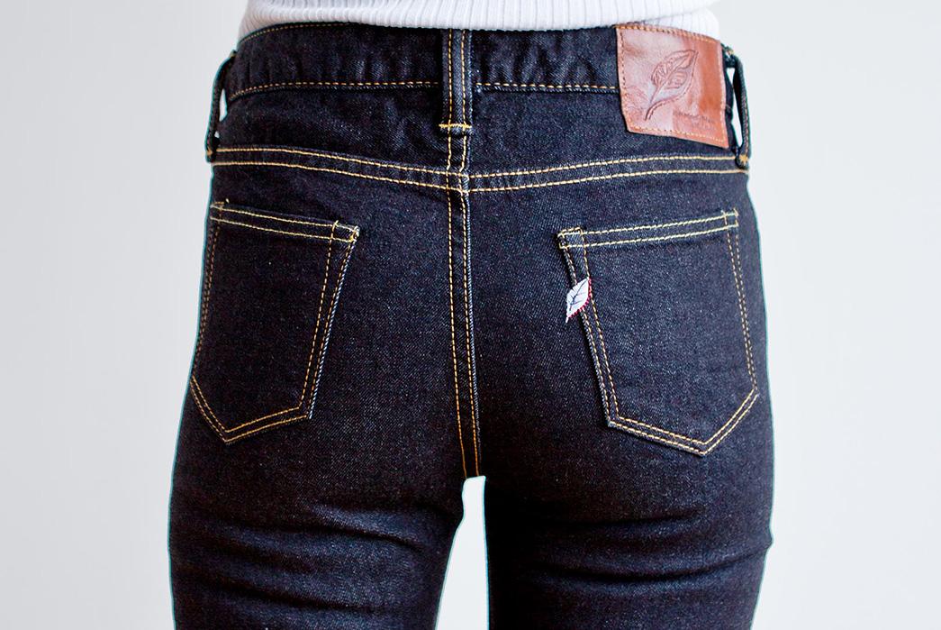 pure-blue-japan-womens-stretch-skinny-1069-5-o-w-jeans-model-back-top