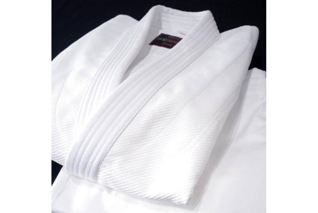 repair-decoration-and-martial-arts-the-history-of-sashiko-sashiko-woven-garment-image-via-seido-shop