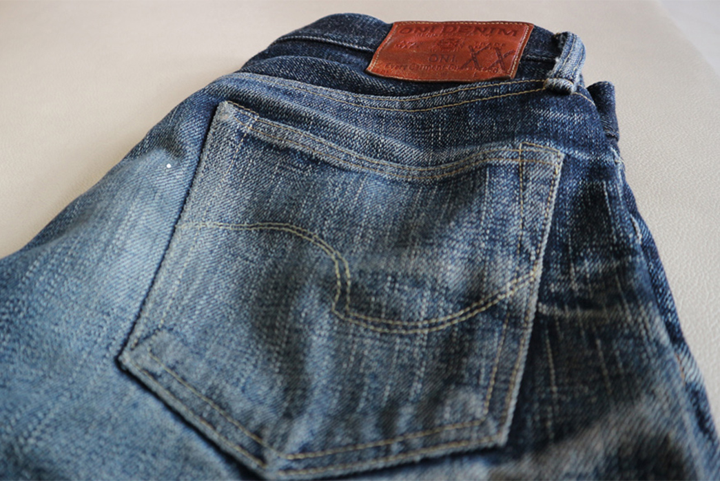 fade-friday-oni-517xx-2-years-4-washes-1-soak-back-right-pocket-and-leather-patch