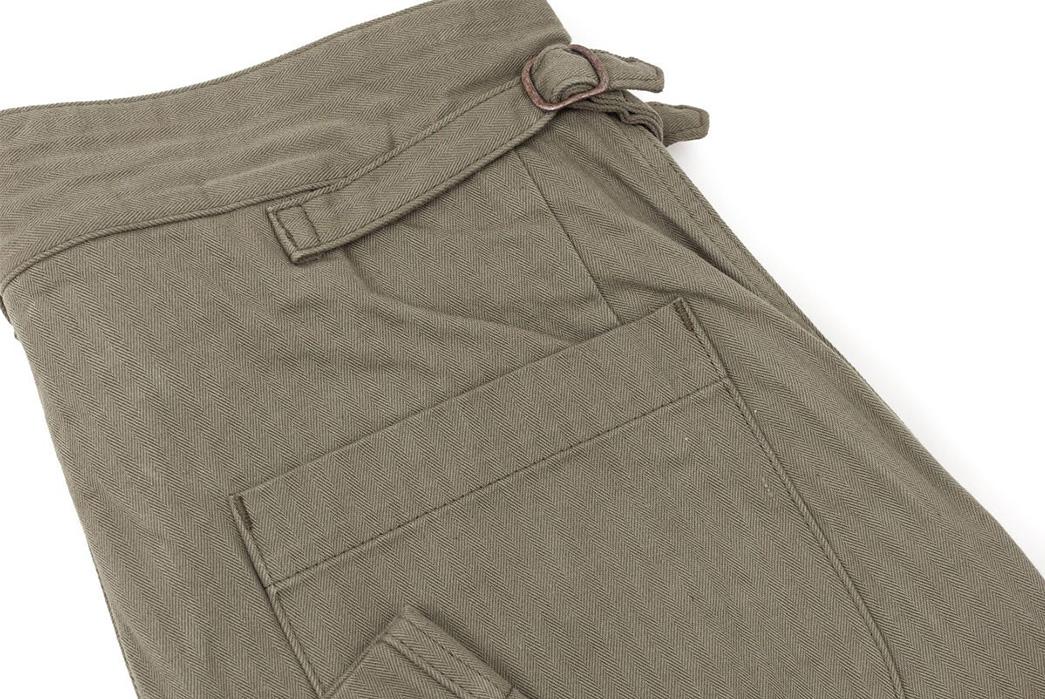 Fujito-Gurkha-Pants-khaki-back-pocket