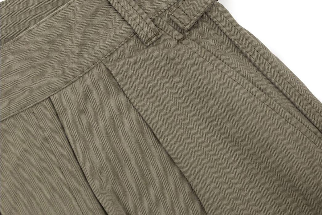 Fujito-Gurkha-Pants-khaki-front-top