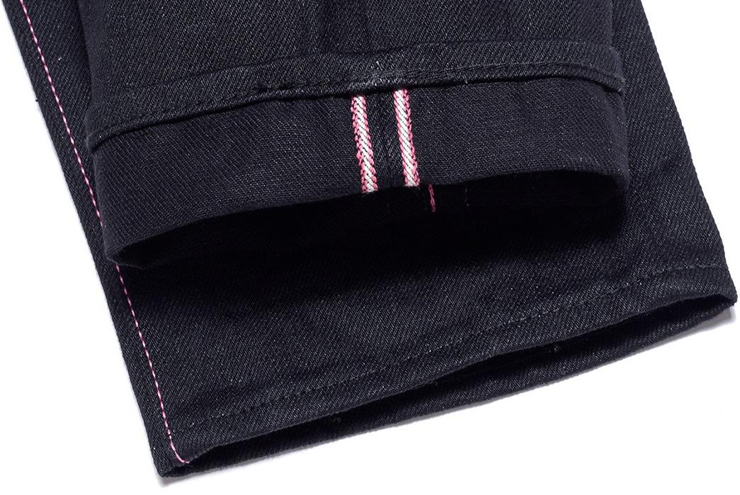Momotaro-0405-B-Double-Black-Jeans-leg-selvedges