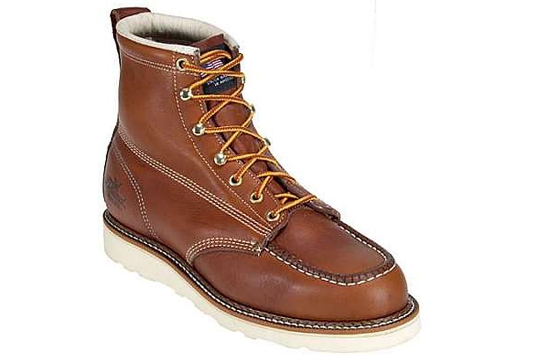 Thorogood-814-Moc-Toe-Boots-front-side