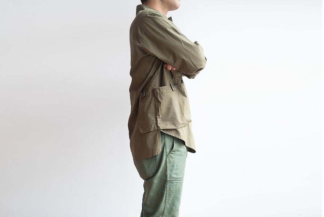 Eastlogue-Trekking-Shirt-model-side