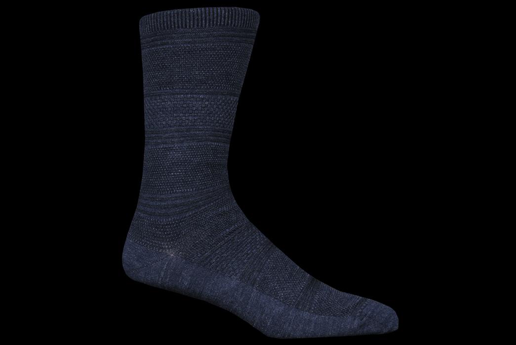Indigo-Dyed-Socks---Five-Plus-One-2)-Royalties-Harry-Sock-in-Indigo