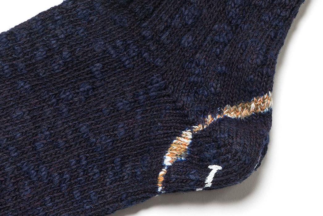 Indigo-Dyed-Socks---Five-Plus-One-Plus-One---Kapital-72-Yarns-IDF-Dye-Ivy-Smiley-Socks-single