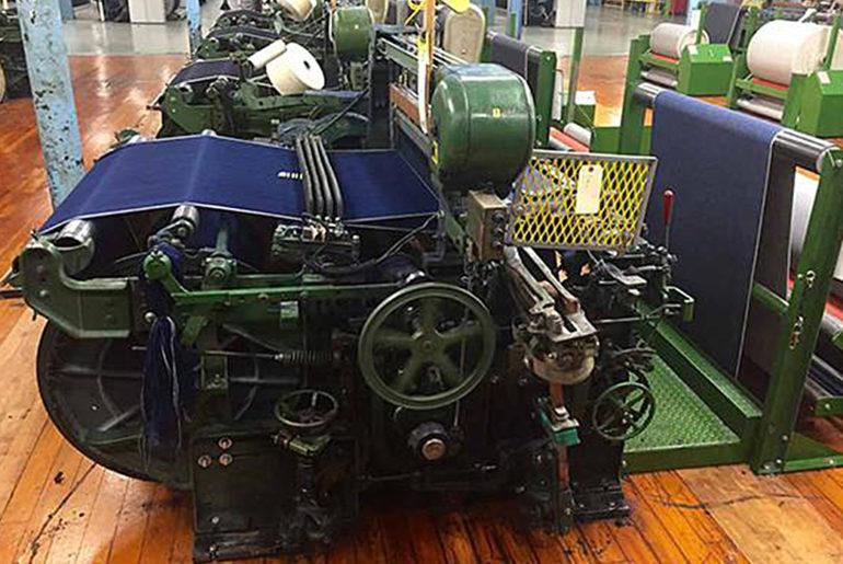 Left-Field-Cone-Mills-White-Oak-Natural-Indigo-Jeans-sewing-machine</a>