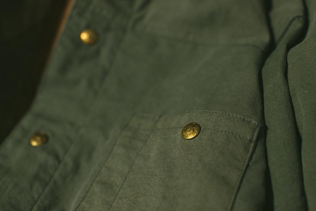Black-Bear-WWII-Shirt-Jacket-front-pocket