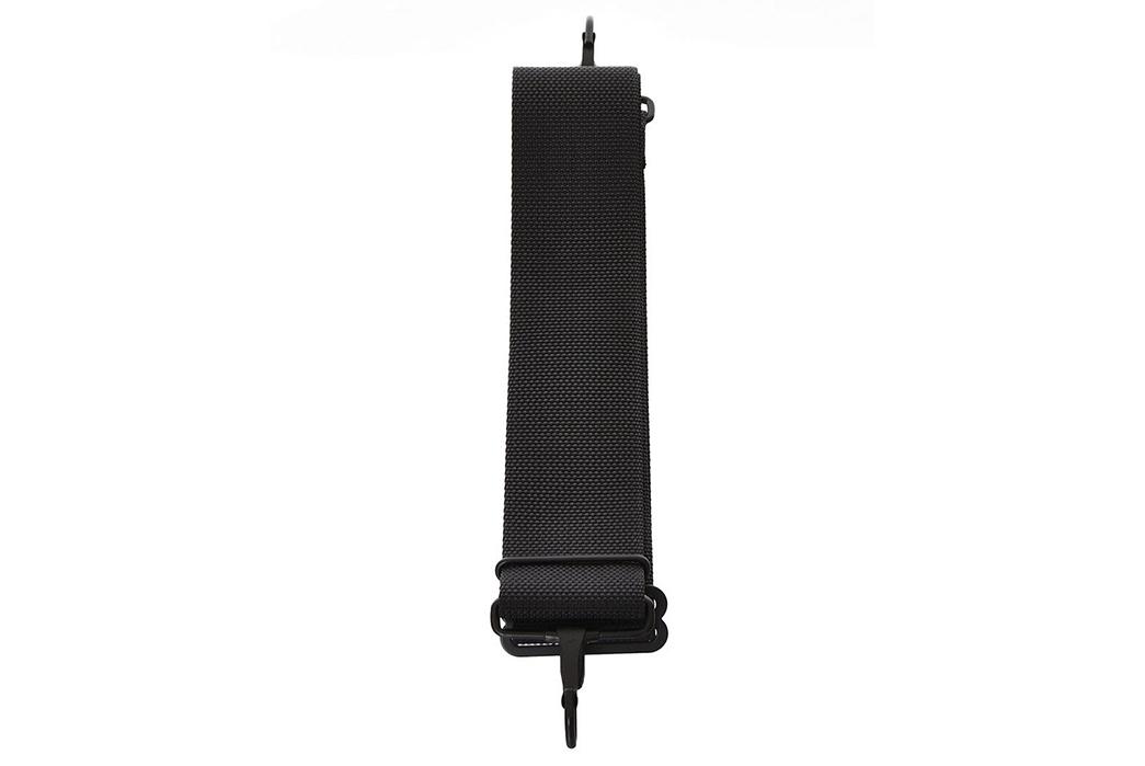 Porter-2-Way-Duffle-Bag-buckle