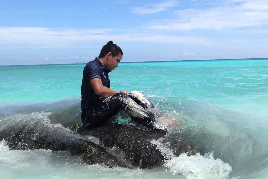 Revisiting-the-Raw-Denim-Ocean-Wash---Is-It-Worth-It-Image-via-Medium.