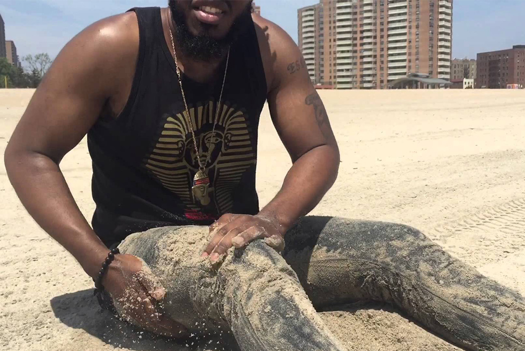 Revisiting-the-Raw-Denim-Ocean-Wash---Is-It-Worth-It-Youtuber,-Kei,-washing-his-APCs-at-the-beach-in-2015.-Image-via-Youtube.